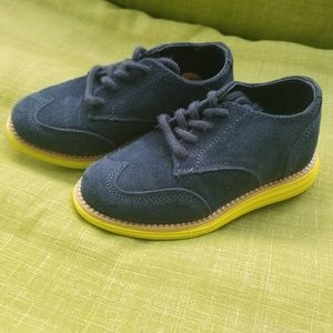 Cole Haan toddlers shoes. Size 7.5 NWOT